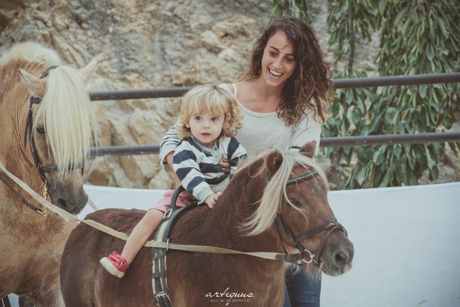 Clases de equitacion y monta para niños
