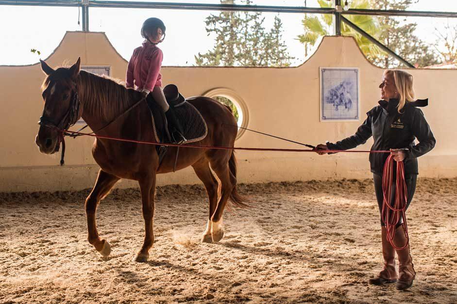 Aprende a montar a caballo