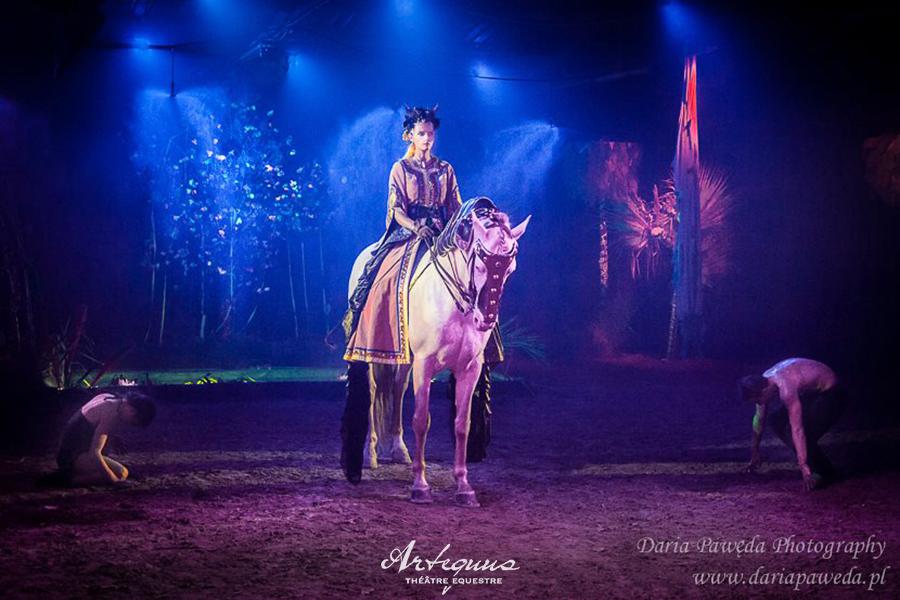 Espectaculares obras de teatro ecuestres de KALAZAGAN 12